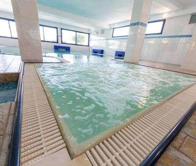 Hotel Nord Est Cattolica piscina